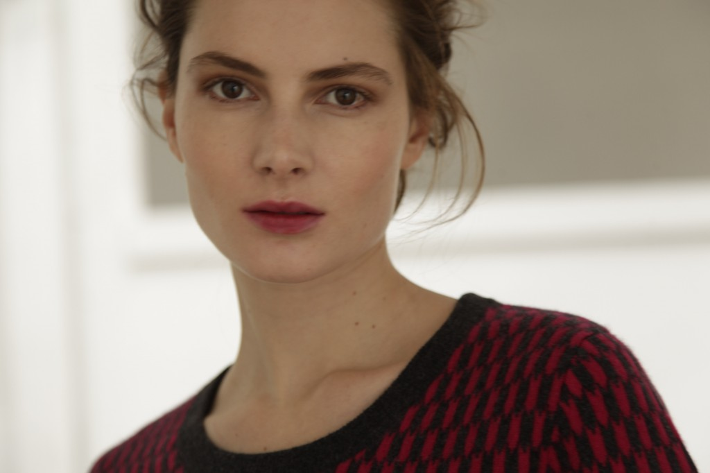 Montagut sweater modern indie