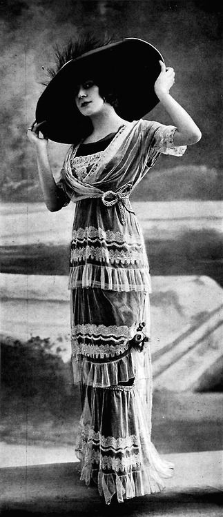Robe Jeanne Lanvin April 1912